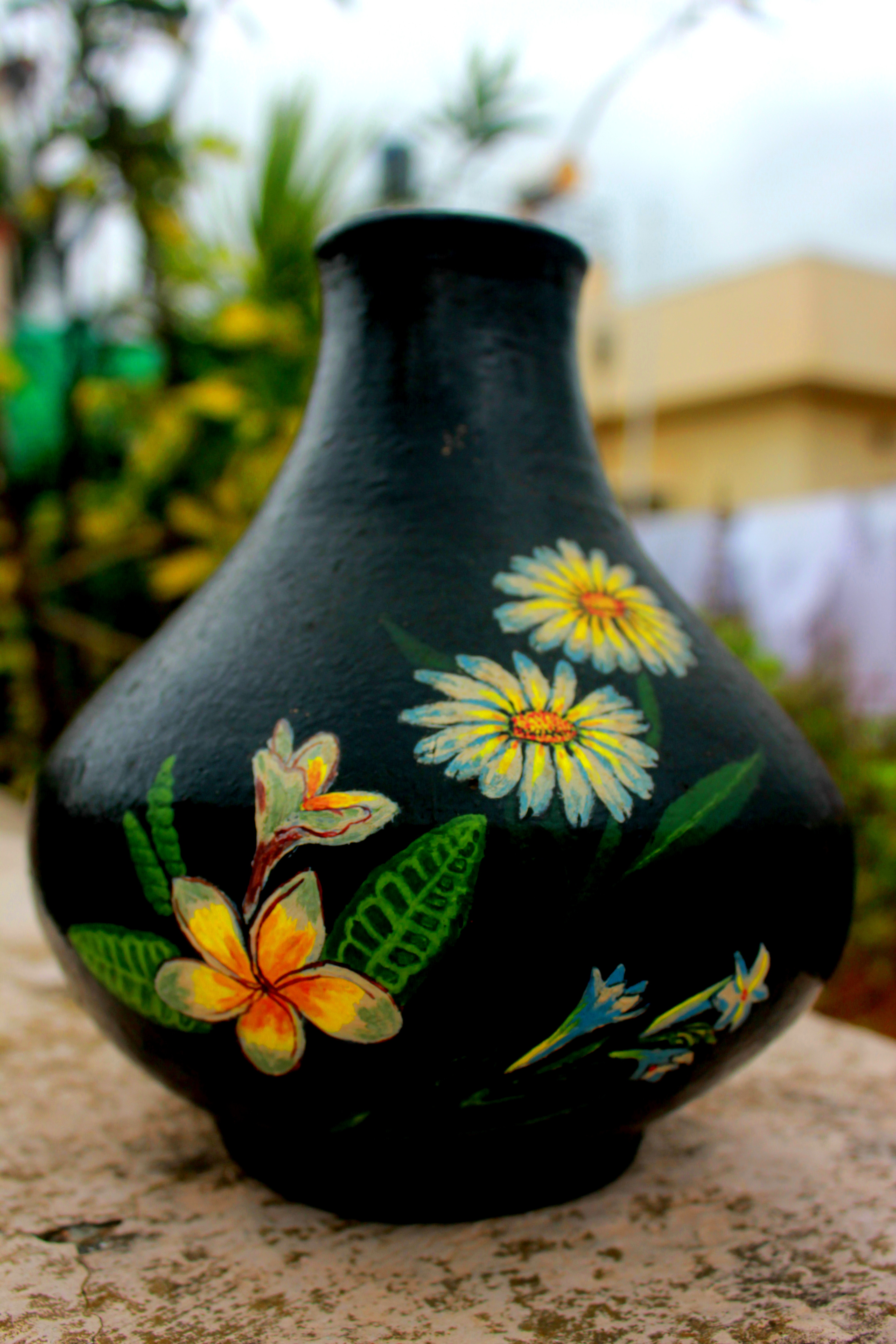 Painting Is A Fascinating Hobby I Realised It Much Easier To Paint On Pots Than Fabric Because You Dont Have Dilute The