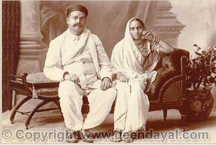 Photo of a couple, 1880 [picture courtesy: www.deendayal.com (with permission from www.deendayal.com)]