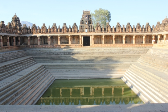 The 19-step temple pond at the famous Bhoga Nandeeshwara Temple in Nandi village on the foothills of Nandi hills is a very tranquil spot; one of those places were one can sit back and spend a peaceful evening and maybe finish off a book in one sitting.